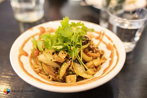 Vegan Mie Goreng Lunch at Hanki Baari | by HendrikMorkel