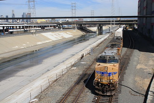 UP 7621 - LA River, East Los Angeles | by tcamp7837