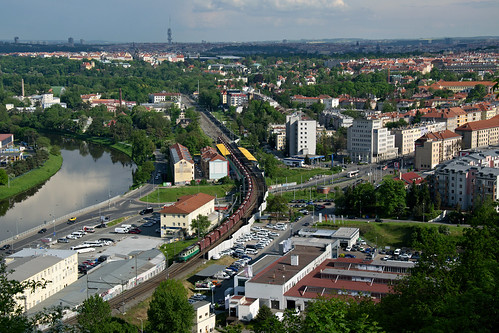 train locomotive engine praha prague czechrepublic uhelka 123 123029 1230291 pn52684 podbaba view city urban rostamnovak