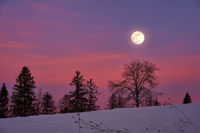 Moon meets the sunset :)