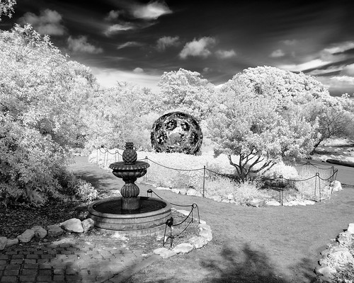 590nm ir d7000 infrared lifepixel lightroom nikon southcoastbotanicgarden silverefexpro blackandwhite bw monochrome fountain garden ranchopalosverdes sculpture trees plants sky