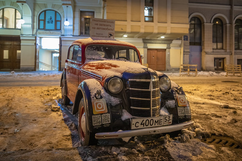 square sunrise winter street city outdoor town snow countryside colorful old yellow orange night style nature architecture outdoors санктпетербург leningradoblast ru russia saintpetersburg car automobile