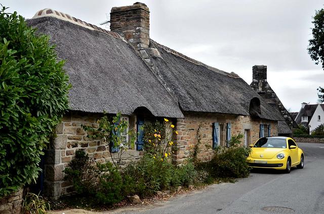 Les chaumières de Kerascoët  -  The thatched cottages of Kerascoët