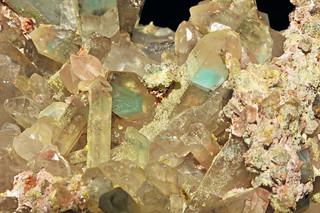 quartz var. quartz with ajoïte