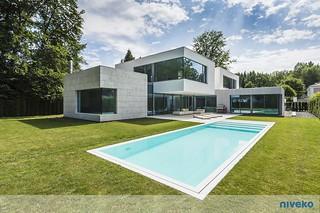 maison_piscine_niveko | by Piscines HydroSud