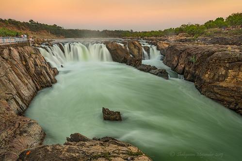 water waterfalls dhuandharwaterfalls narmadariver centralindia rocks marblerocks naturephotography landscape landscapephotography nature twilight outdoor day nikon nikond500 tamron tamron1024vchld wideangle jabalpur madhyapradesh mptourism india