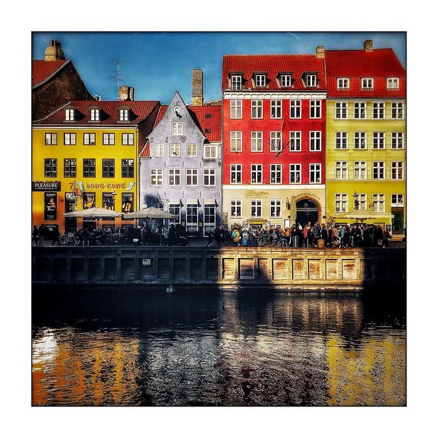 Les reflets de Nyhavn