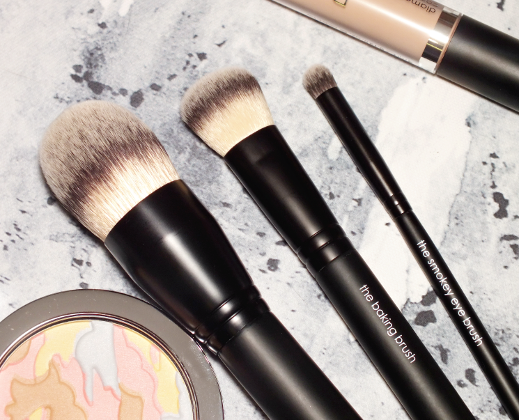 rodial airbrush, baking and smokey eye brush (1)