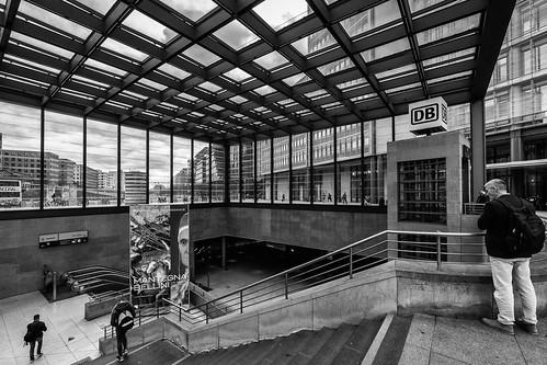 Bahnhof Potsdamer Platz | by Berlin-Knipser