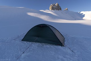 Winter camping - Lobhörner   by Captures.ch