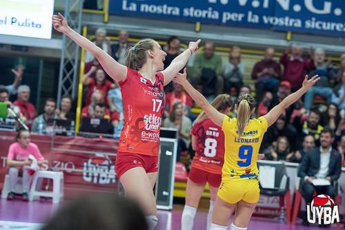 810_8994_[GA]   by UYBA Volley