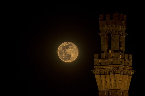 Super moon in Siena