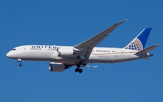 N28912 787-8 United Airlines   by RedRipper24