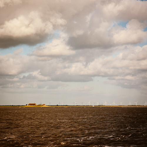 ausflug farbe himmel landscape landschaft wasser wolke menschenleer schleswigholstein deutschland