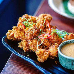 One of my favourites from @sambalshiok - the #Malaysian #friedchicken with #satay peanut dipping sauce. Loved by other diners and food critics alike. Make sure you get a portion when you visit. . . #foodofinstagram #igfood #foodgram  #buzzfeast  #feedfeed