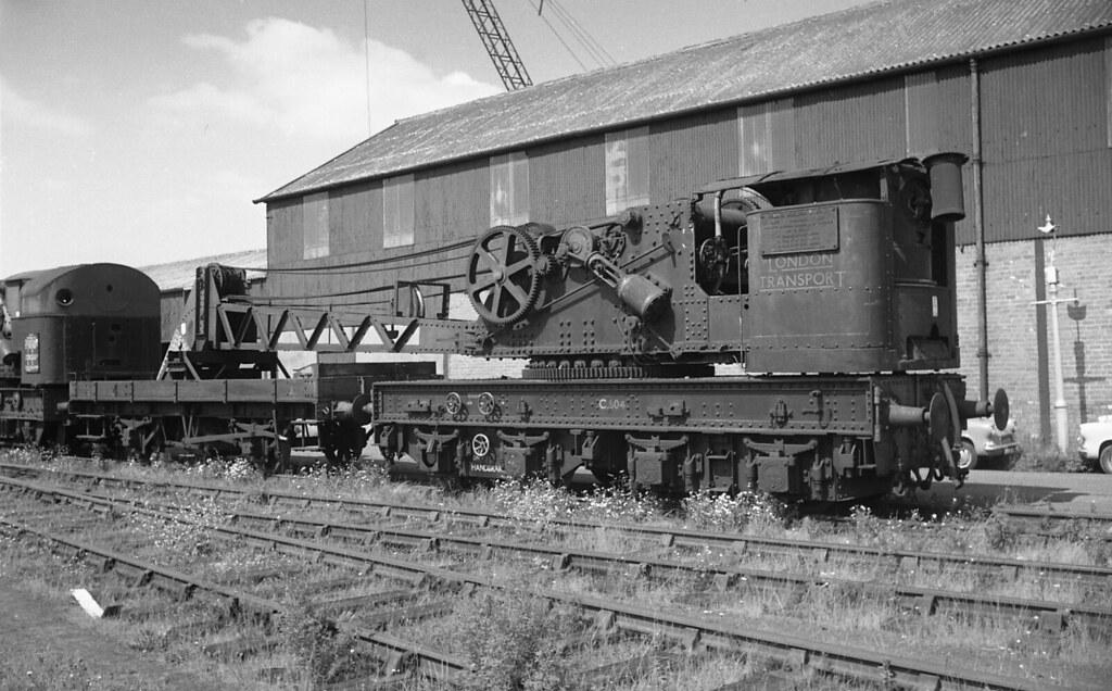 LT Crane Cashmores, Newport 1965
