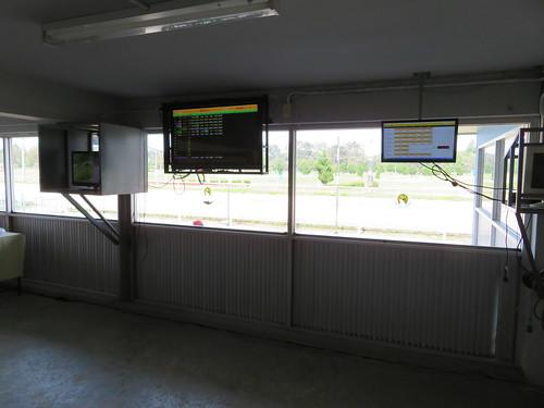 チェンマイ競馬場のクーラー付特観席のオッズ表示
