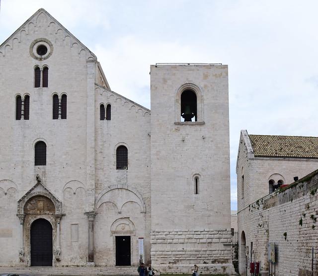 Basilica di San Nicola, Bari, Italy April 2019 023