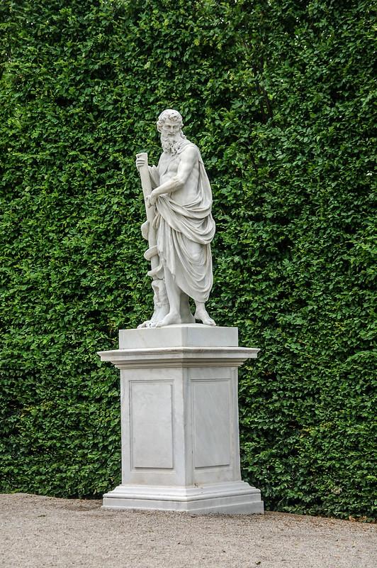 熊布朗宮皇家花園雕像