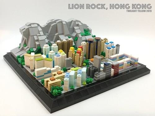 Lion Rock(獅子山) is a mountain in Hong Kong. It is also an important symbol of the spirit of struggle among the Hong Kong citizen. | by Twilight Yellow