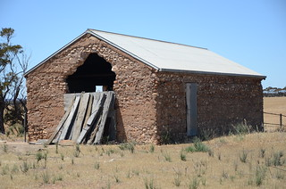 DSC_9458 abandoned farm shed, Towitta Road, Towitta, South Australia | by JohnJennings995
