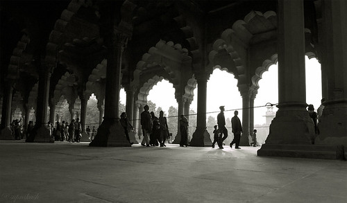 lalquila delhi olddelhi india historicalmonument sunsetlights blackwhite travelphotography silhouette nikond700 nikonf282470mm aasia
