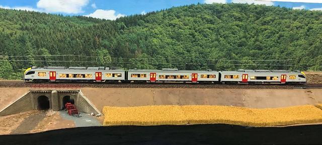 Nouveau module - Ligne du Nord - Luxembourg - - Page 22 47534080301_c33e491d41_z