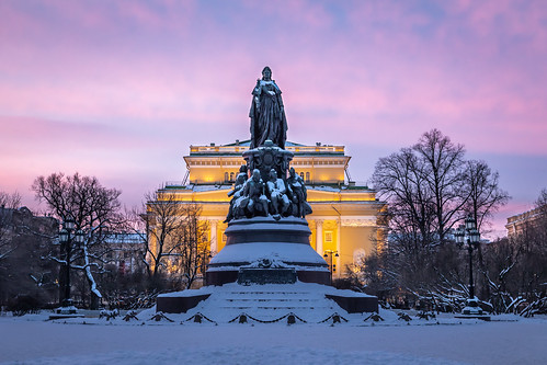 saintpetersburg square landscape russia old street building city outdoor art monument town snow sculpture exterior purple colorful sunrise morning design cityscape architecture nature style skyscape winter tourists sky cold landscapes outdoors petersburg russian st leningradoblast ru