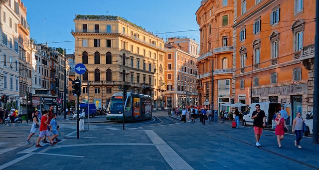 Roma / Largo di Torre Argentina