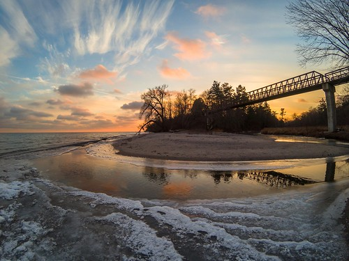 petticoatcreek lakeontario water winter sunset bridge waterfronttrail pickering cold freezing clouds nature
