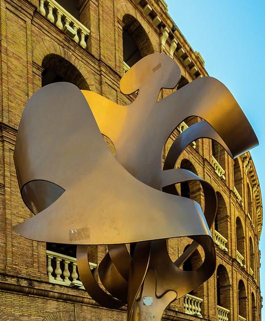 Sculpture - The Bull Ring (Valencia) (Olympus OM-D EM5-II & M.Zuiko 9-18mm Wide Zoom) (1 of 1)