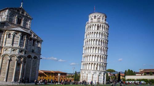 Cerita Menarik Dibalik Miringnya Menara Pisa