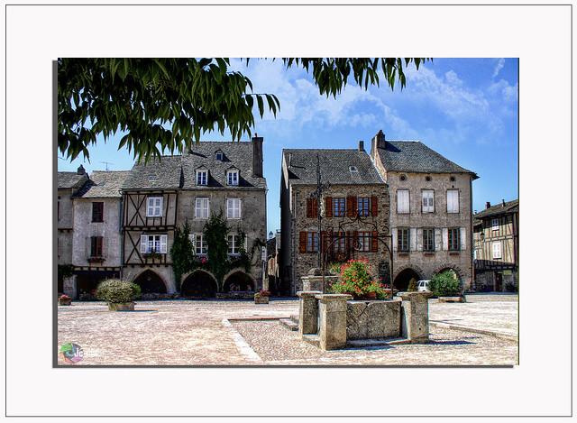 « La première charité d'un village, c'est sa fontaine ». Gaston Bonheur