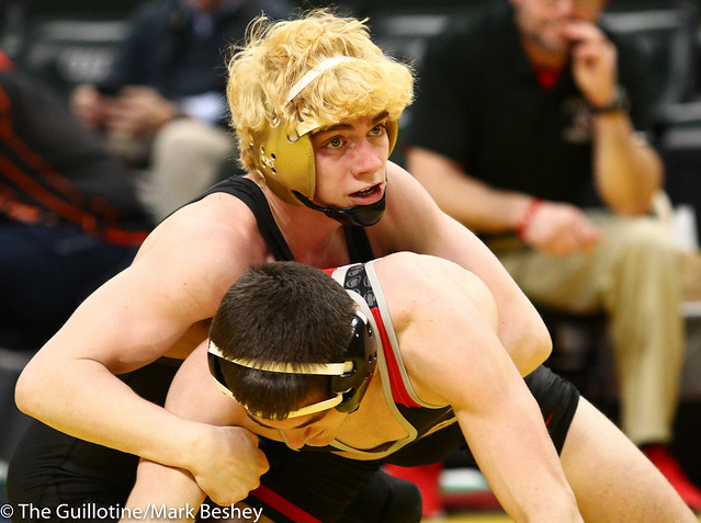 132 - Semifinal - Adam Mickelson (Apple Valley) 36-7 won by decision over Kieler Carlson (Stillwater) 45-10 (Dec 7-2) - 190302amk0064