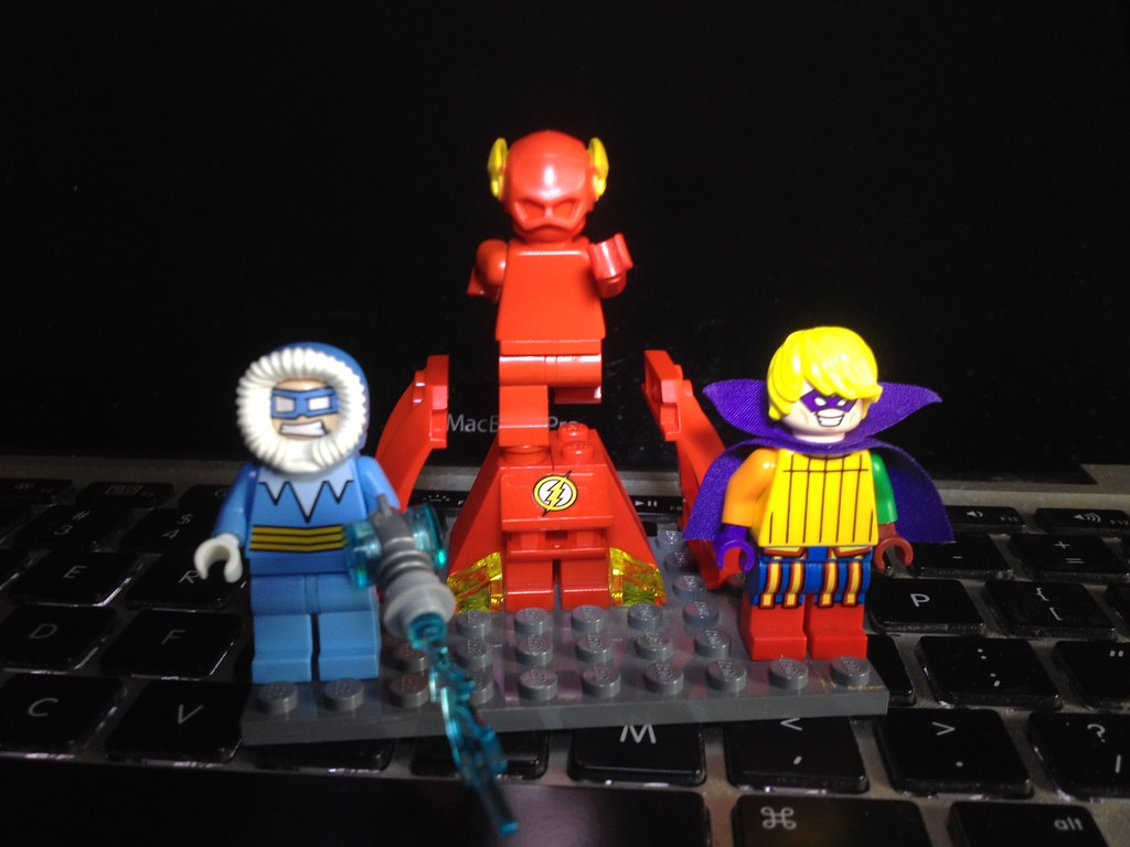 Lego Custom Small Flash Rogues Captain Cold And Trickste Flickr