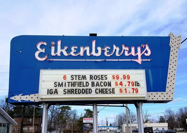 OH, Greenville-OH 49 Eikenberry's Grocery Neon Sign