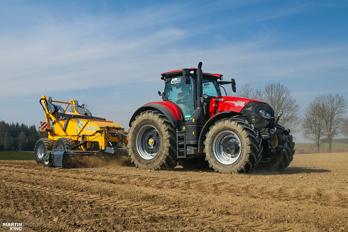 Picking stones efficiently! | CASE IH // ELHO | by martin_king.photo