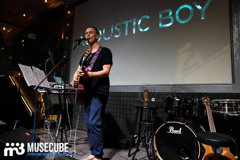 acoustic_boy_008