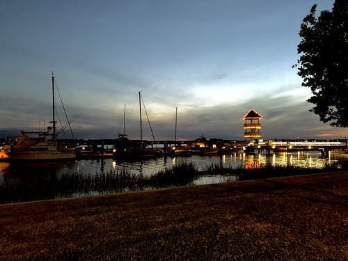sun sea travel water apple ios iphone10 iphone evening dock sunset savannahga