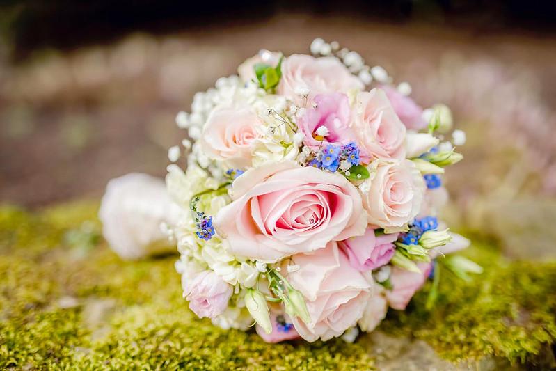 Обои розы, букет, незабудки, свадебный букет картинки на рабочий стол, раздел цветы - скачать