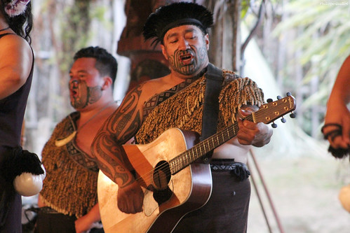 Guitariste maori | by philippeguillot21
