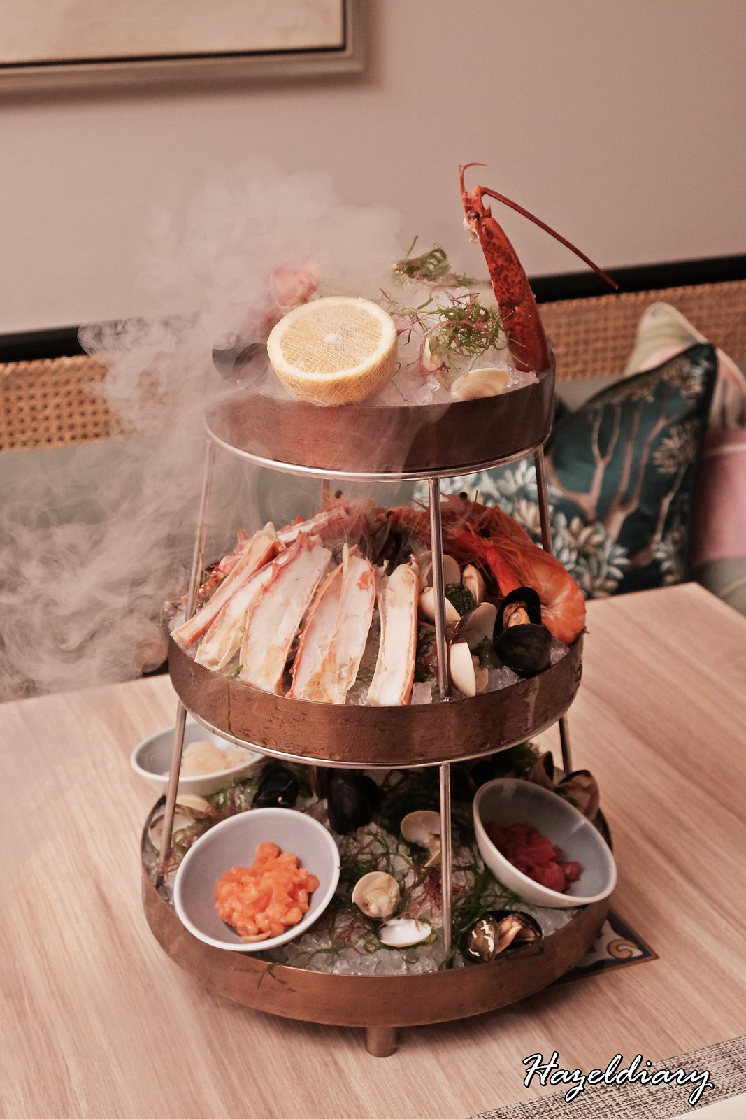 One-Ninety Four Seasons Hotel Singapore-Seafood Tower for Two