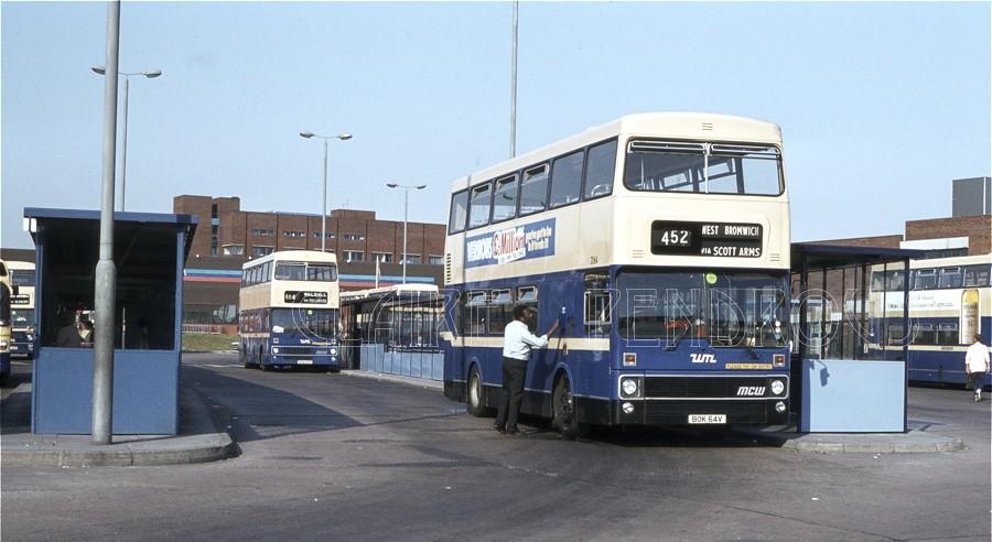 West Midlands PTE 2064, West Bromwich Bus Station, 1984   Flickr