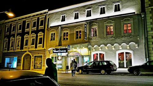 PEUERBACH - MARKTPLATZ - STAR-MOVIE KINO - 1-01 | by monte-leone