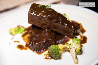 Beef short ribs, parnsip puree, roasted Romanesco | by thewanderingeater