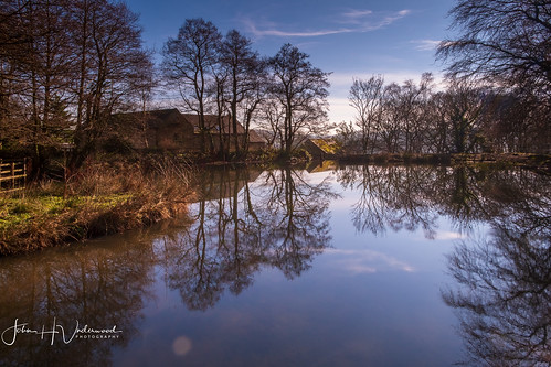 lumsdale spring winter reflections reflectionsonwater fuji fujixe1