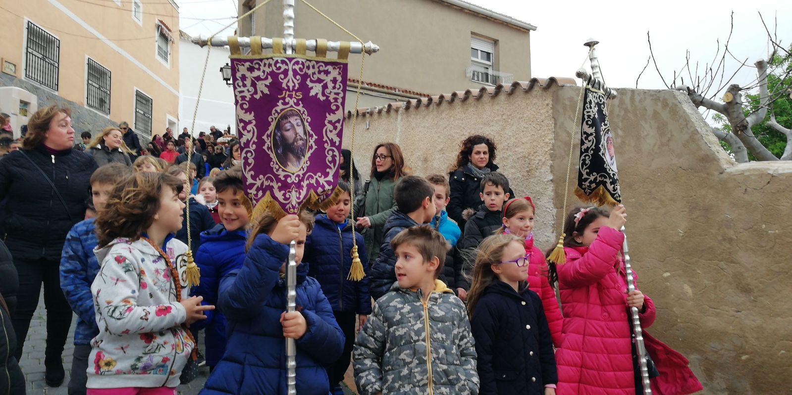 (2018-03-23) II Vía Crucis Infantil (Catequistas) (14)