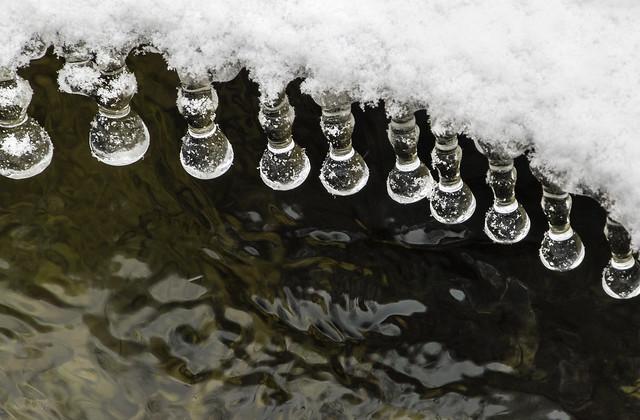 Kristallripatsid/Ice pendants