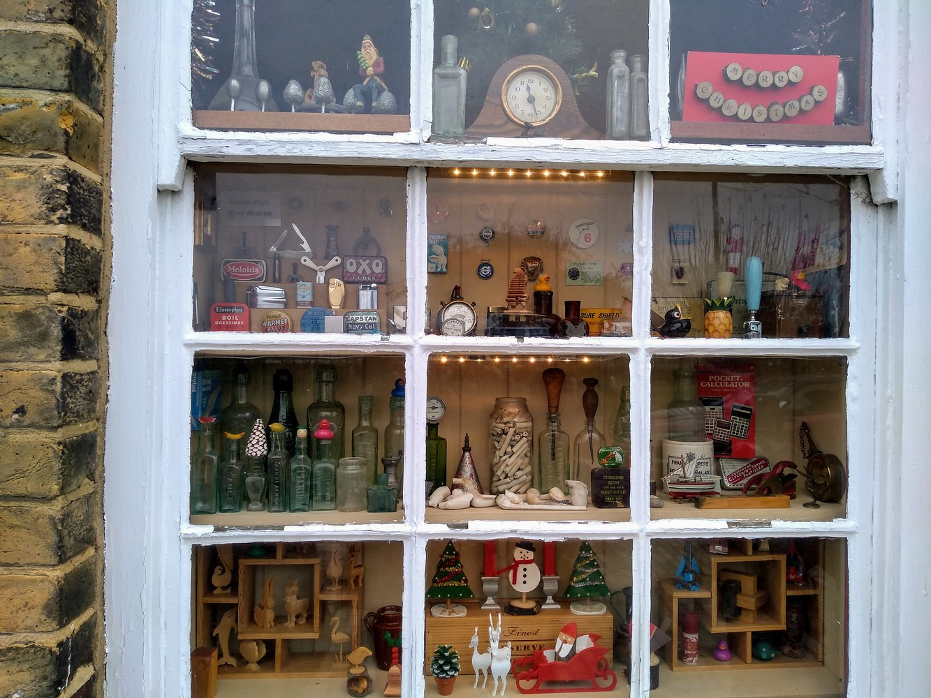 Window dressing Christmas 2018