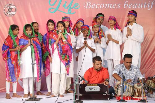 Devotional song by Bal Sangat Chennai